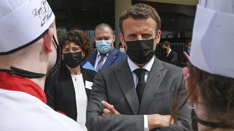 Man who slapped Macron will spend at least 4 months behind bars