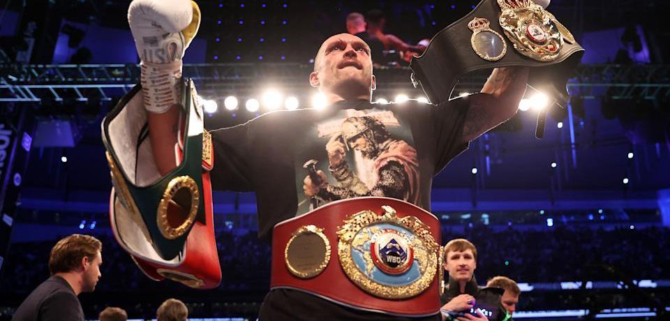 Oleksandr Usyk dominates Anthony Joshua to claim heavyweight titles in upset
